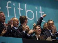 Fitbit (Eric Thayer / Getty)