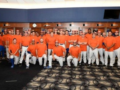 New York Mets Wear Orange