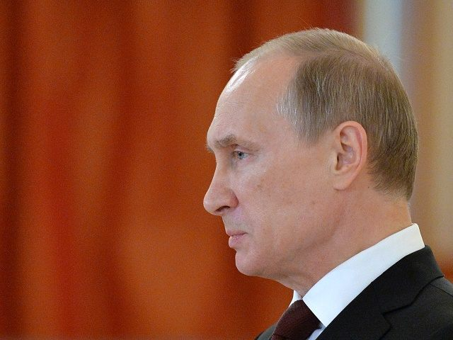 Putin Orders the Destruction of Embargoed Foodstuffs from the West