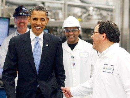 Obama visits Solyndra (Getty)