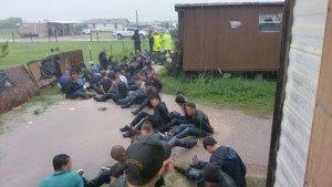 U.S. Border Patrol agents arrest 76 illegal immigrants near Texas border