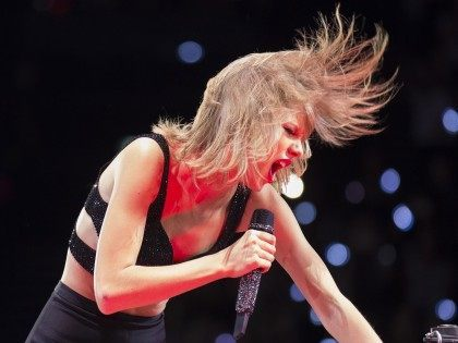 Taylor Swift (Michael Porro / Getty)