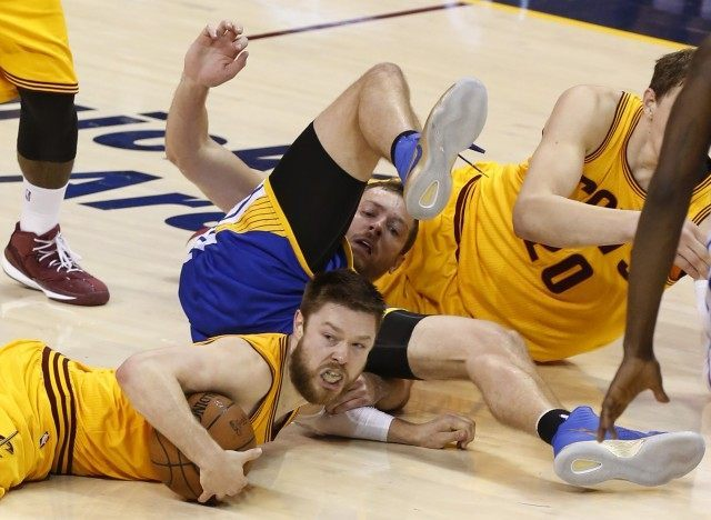 Matthew Dellavedova, David Lee