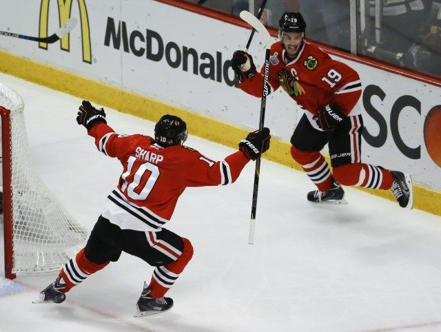 Patrick Sharp, Jonathan Toews