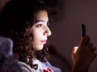 Study Says Kids Understand Smartphones Better Than Real Life