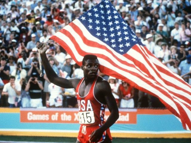 Carl Lewis Los Angeles Olympics (AFP / Getty)