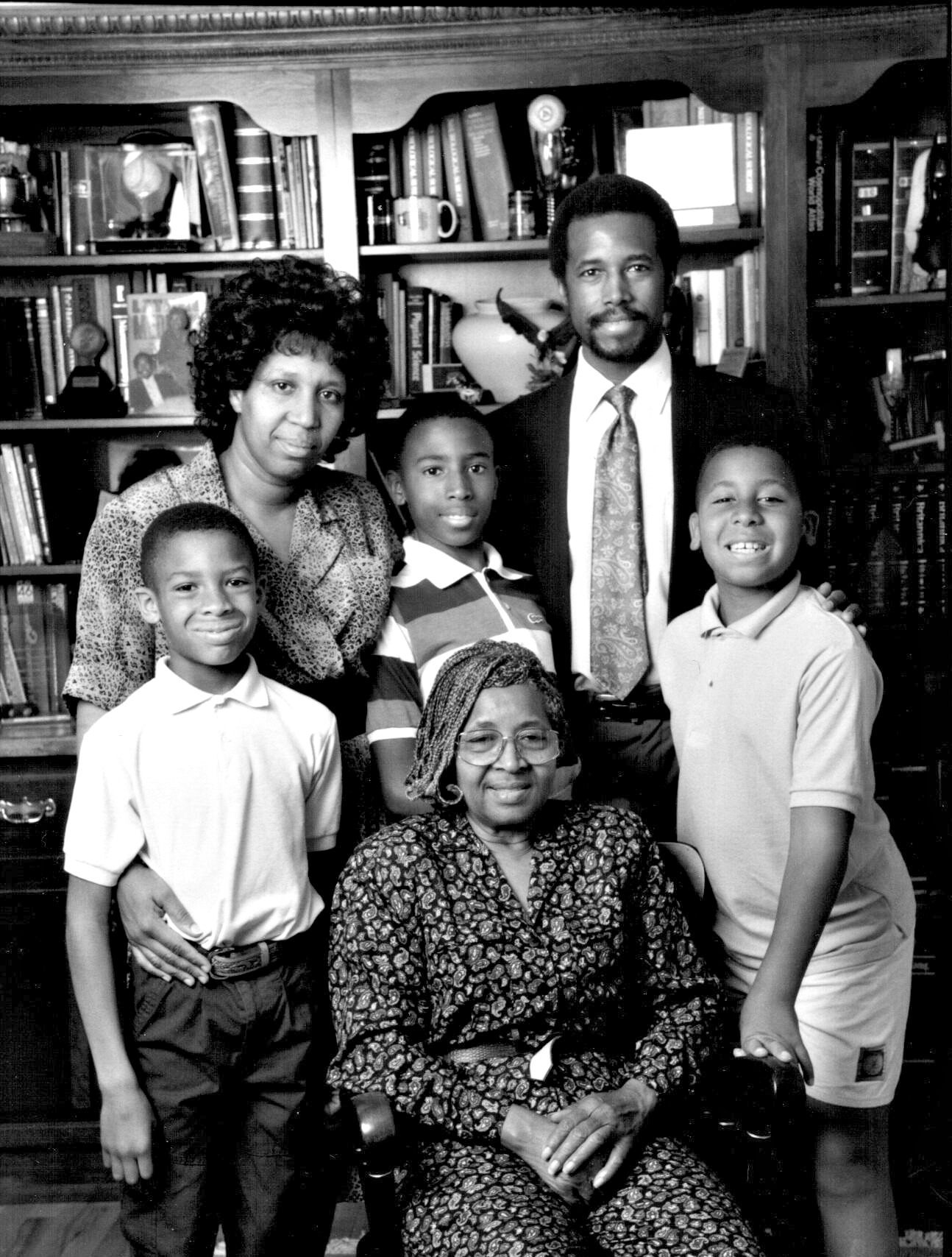 the importance of parenting in the life of benjamin carson Dr benjamin carson is director of pediatric neurosurgery at johns hopkins children`s center his expertise includes separating conjoined twins and doing brain surgery to control seizures a scholarship fund carson founded has helped some 1,700 students through college.