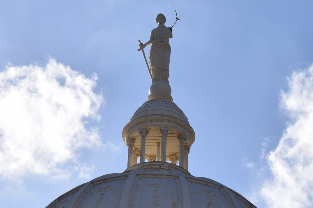 """Scales of Justice"" Missing from the top of the Waco, McClennan County Courthouse. (Photo: Breitbart Texas/Bob Price"