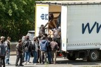 FRANCE-BRITAIN-MIGRANTS-TRANSPORT-EUROTUNNEL