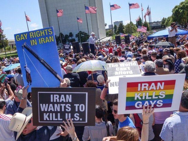 Iran Rally 2 (Peter Duke)