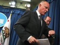 Jerry Brown watch (Justin Sullivan / Getty)