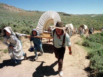 Mormon trek (Mike Nelson / AFP / Getty)