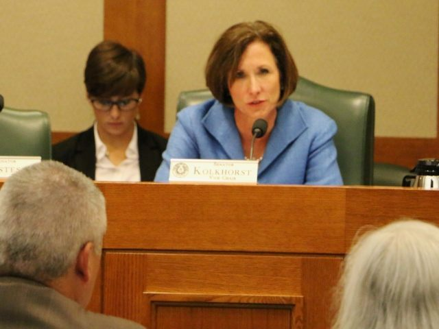 Senator Lois Kolkhorst (R-Brenham) questions witnesses during Senate committee's investigation of Planned Parenthood. (Photo: Texas Right to Life)