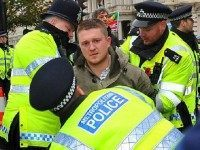 WATCH: Police Eject PEGIDA's Tommy Robinson And His Three Kids From A Major UK City