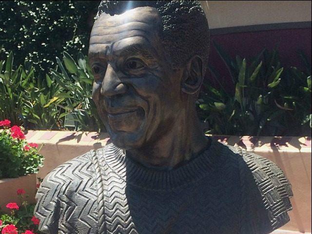 bill-coby-statue-AP
