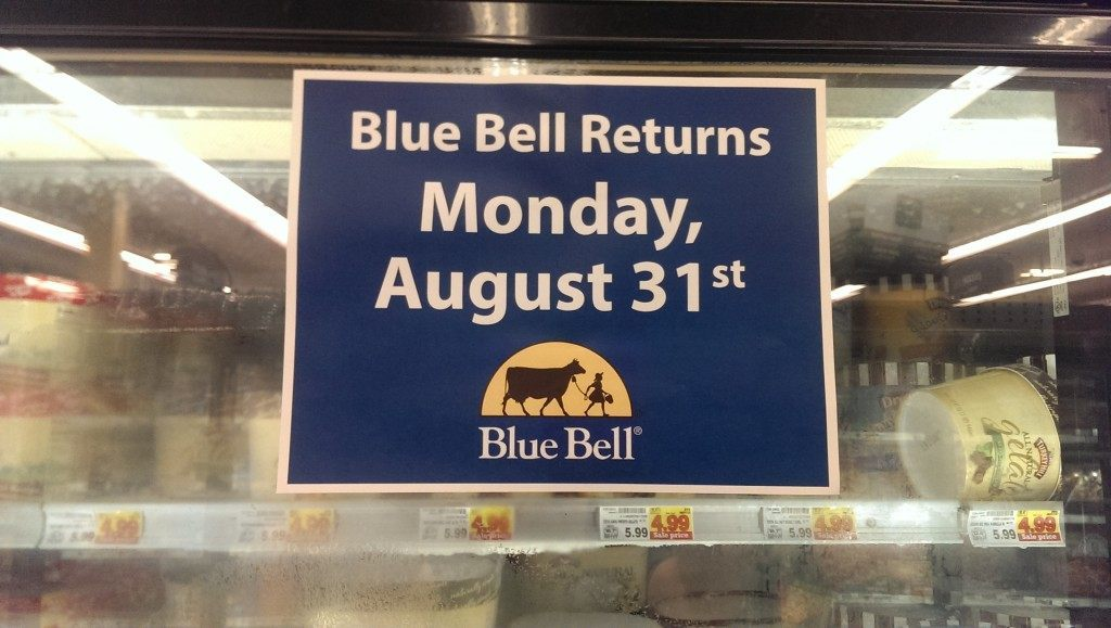 Signs of anticipation went up at a Kroger in Northwest Houston Sunday night. (Photo: Breitbart Texas/Bob Price)