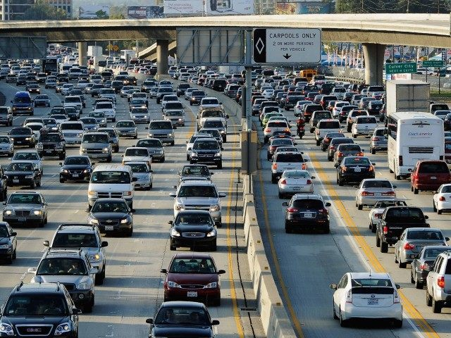 405 Traffic (Kevork Djansezian / Getty)