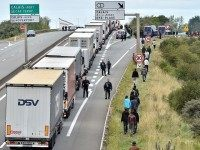App Is Eyes And Ears On Calais Roads For Lorry Drivers Targeted By Migrants