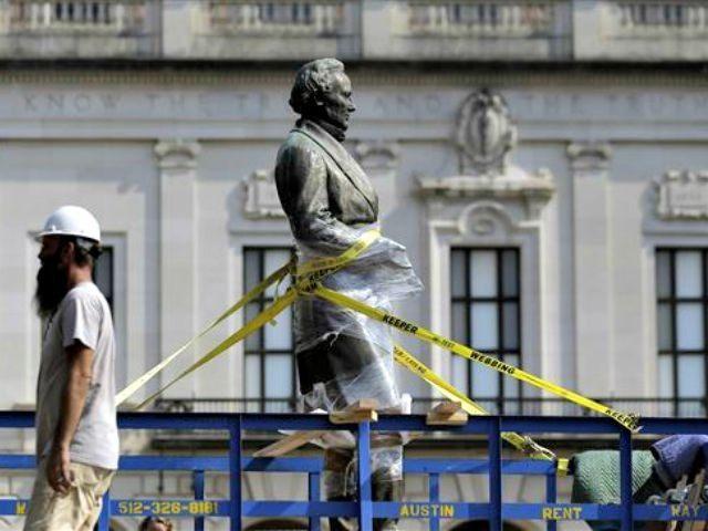 Confederate-Symbols-Davis-Statue Eric Gay AP