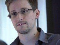 Edward Snowden: 'Completely Ridiculous' to Think Hillary Clinton's Email Server Was Secure