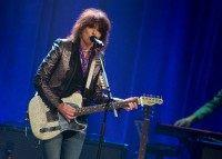 Chrissie Hynde Says Women Who Dress Provocatively And Get Drunk Shouldn't Be Surprised If They're Raped