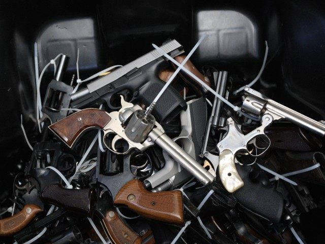 Guns in California (David McNew / Getty)