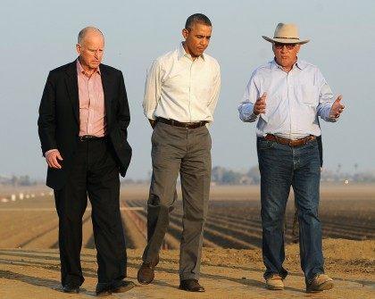 Jerry Brown Obama farm (AFP / Getty)