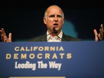 Jerry Brown (Sandy Huffaker / Getty)