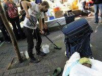 Poop Cleaner