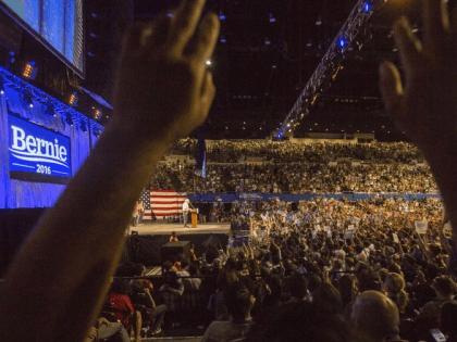 Sanders Los Angeles (Ringo H.W. Chu / Associated Press)