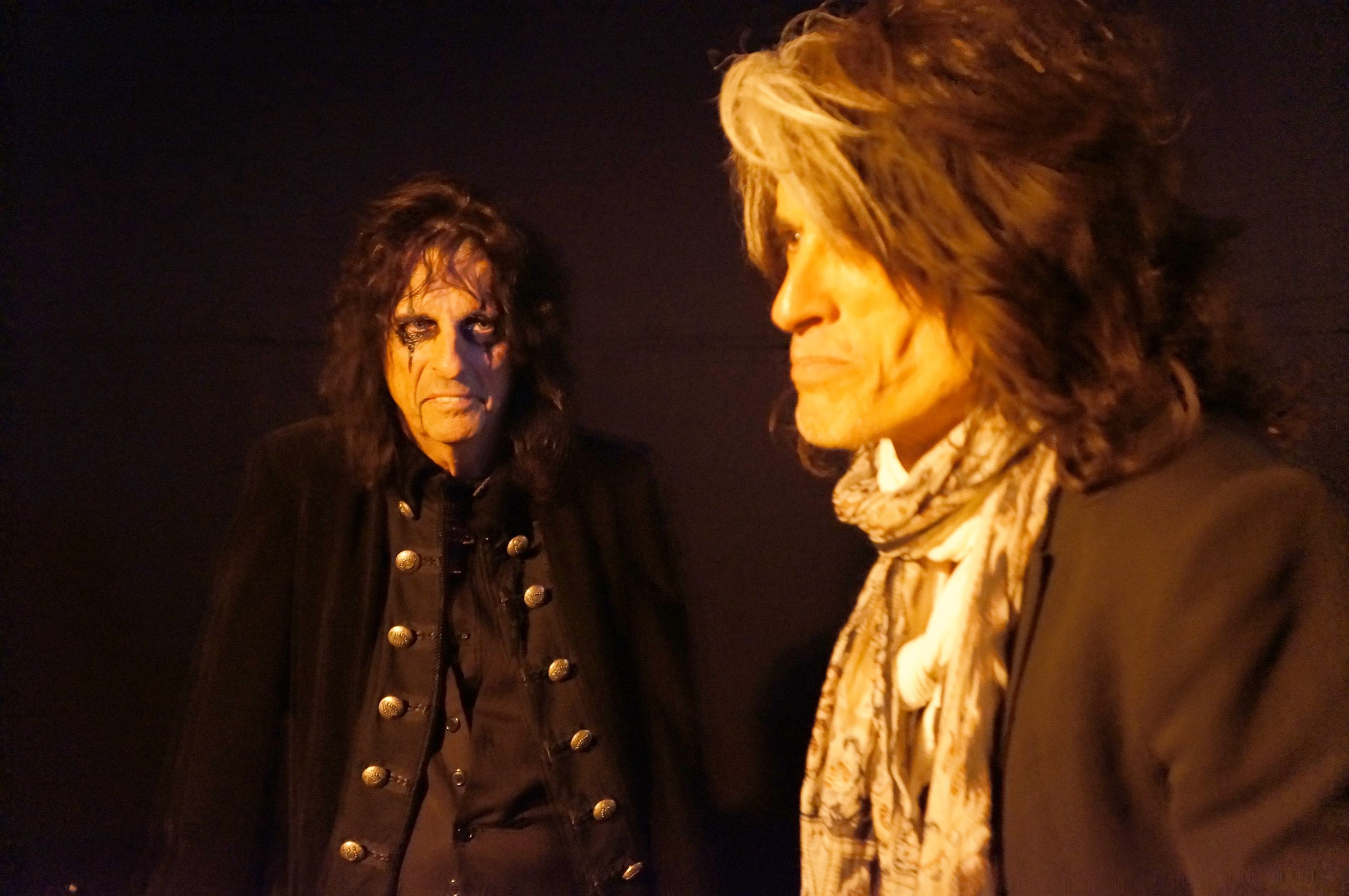 johnny depp to perform concerts with alice cooper joe. Black Bedroom Furniture Sets. Home Design Ideas