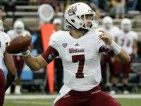 massachusetts-umass-quarterback-ap-photo-cropped