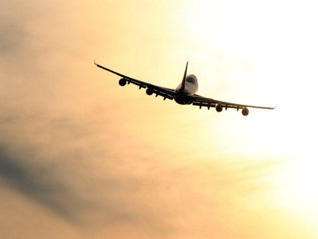 plane-takes-off