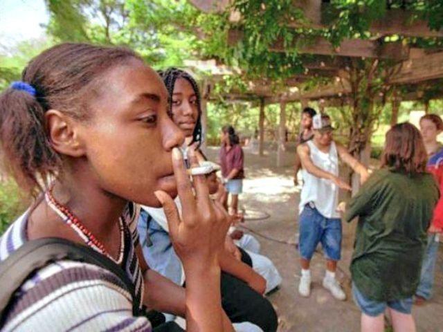 teens smoking AP image