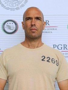 10 Carlos Montemayor González