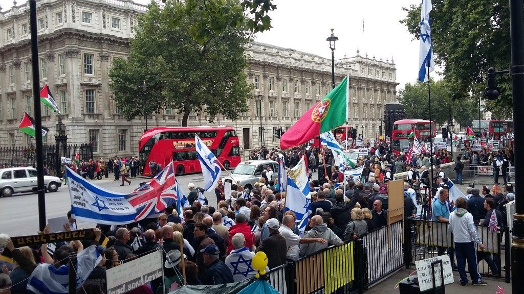 Pro-UK, Pro-Israel Protesters Fought Back