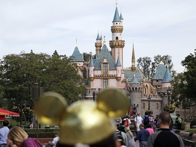 Disneyland, Other California Theme Parks May Reopen at Limited Capacity in April