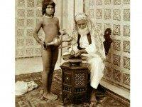Arab sheikh with servant, 1910. Eugene Chatelain Wiki Commons