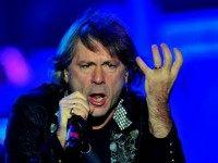 Iron Maiden's Bruce Dickinson: 'Hundreds of Thousands' at Risk for Cancer from Oral Sex