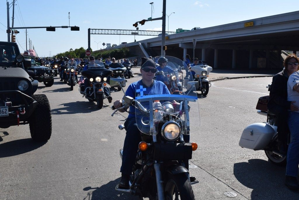 Hundreds of thundering motorcycles kicked off the 8,000 man march. (Photo: Breitbart Texas/Bob Price)