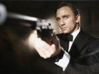 'We Need A Lesbian James Bond' Says Guardian, Announcing Record £173 million Losses