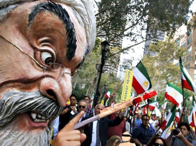 Iranian Protest at UN AP PhotoJason DeCrow
