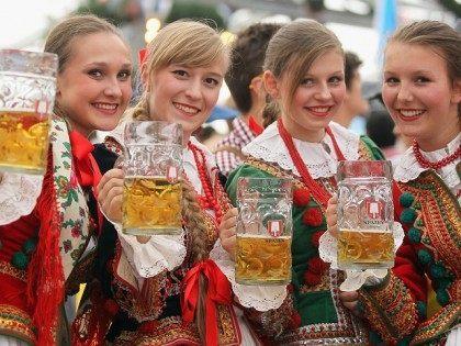 Terror Threat: Bavaria Considers Oktoberfest Backpack Ban