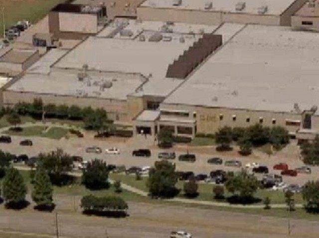 Plano School in Lock Down