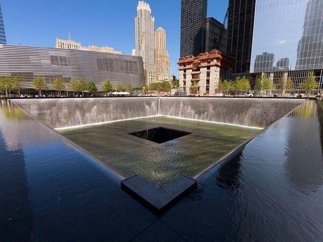 Twin Towers memorial Wikicommons