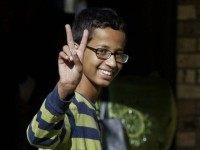 'Clock Boy' Ahmed Returns: Just Couldn't Stay Away from Texas