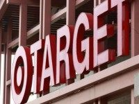 Chicago Target Store Introducing Shop-While-You-Drink Service