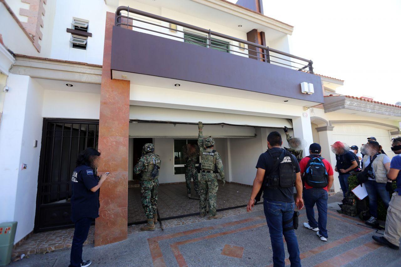 mexico continues hunt for el chapo