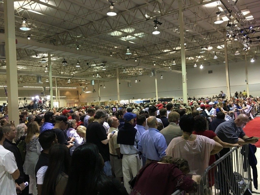 Crowd for Trump