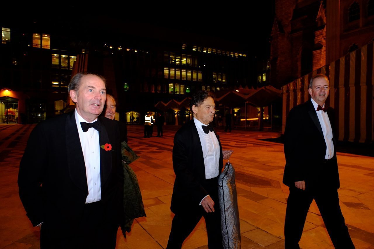 Lord Lawson Arrives With Suit Bag In Hand (Breitbart London/Rachel Megawhat)